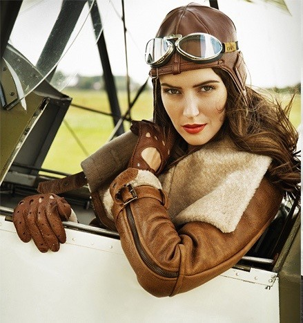 FEE_0911_095_REG_AVIATOR_LDP.indd