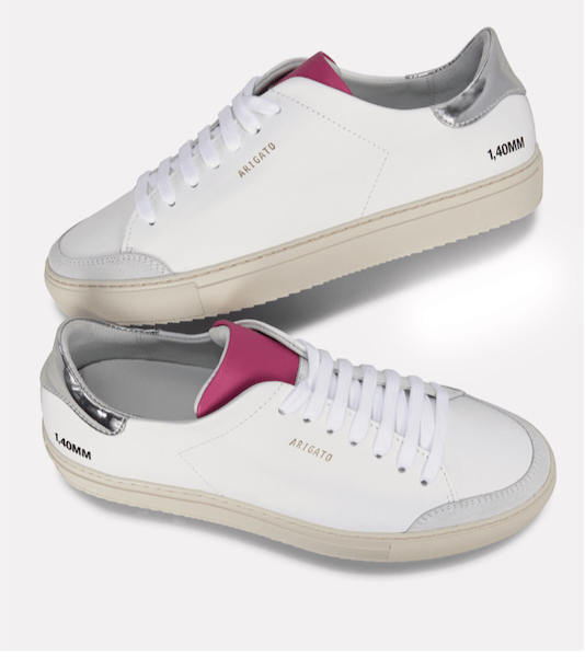 Sneaker 2.png