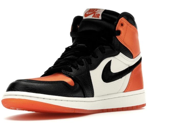 Sneaker 4.png