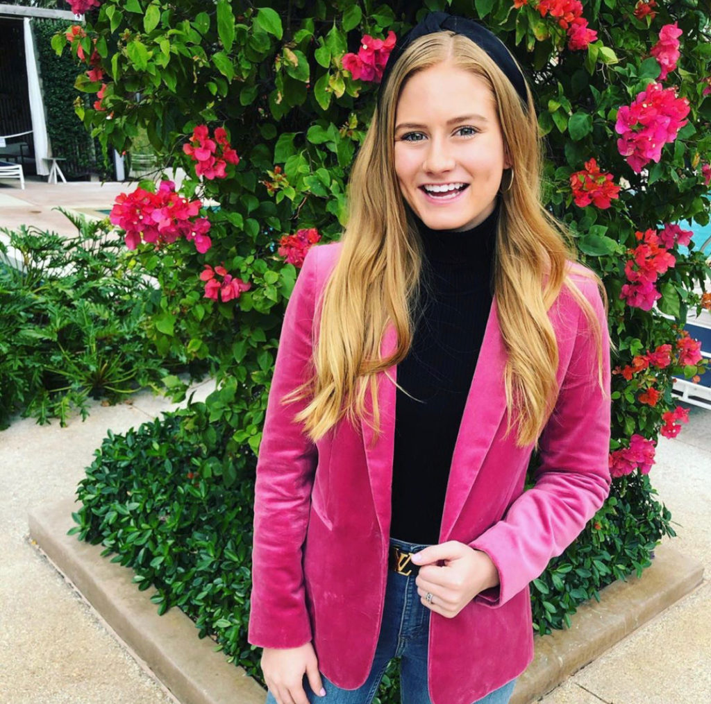 Molly Patrick stuns in a classic blazer-and-jeans combination. Image courtesy of Molly Patrick.