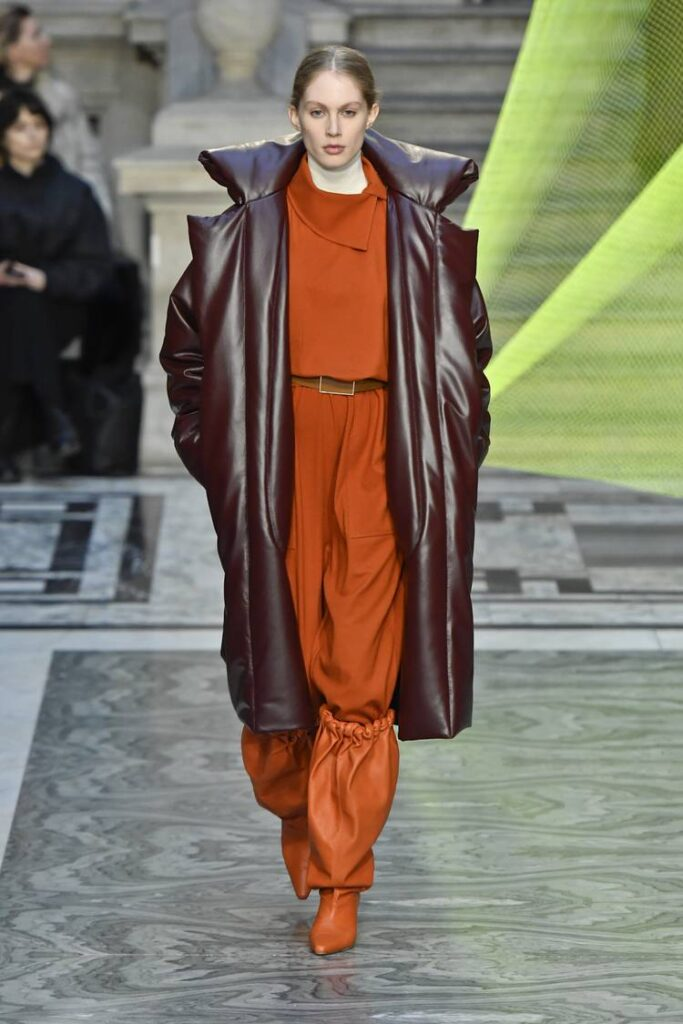 The color orange in London Fashion Week for Fall/Winter 2020-2021