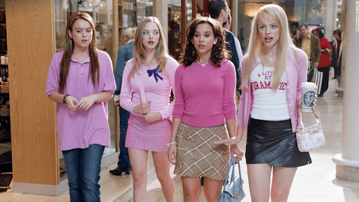 Regina leads the girls as they shop at the mall. Regina ruins a girl's life a little after this, but meh.