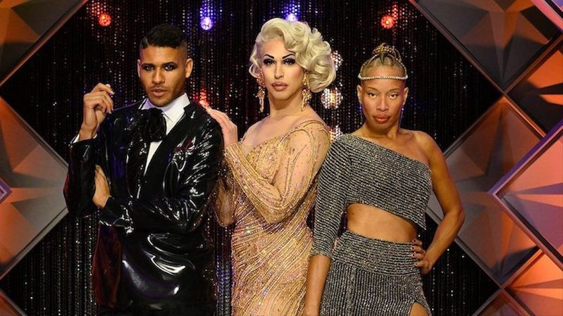 Judges Jeffrey Bowyer-Chapman (L), Brooke Lynn Hytes (C), and Stacey McKenzie (R) on the mainstage.