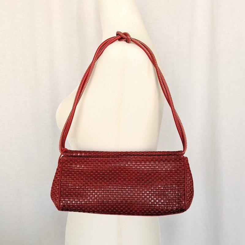 Red Woven Vintage 90s/y2k Mini Shoulder Bag - $17