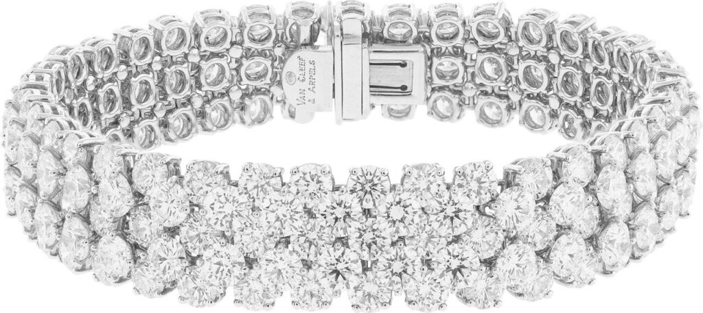 À Cheval bracelet. Platinum, white gold, diamonds.