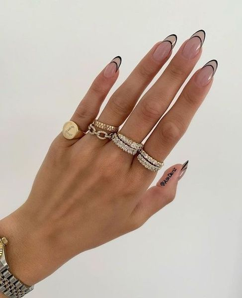 Updated French Manicure: Minimalist