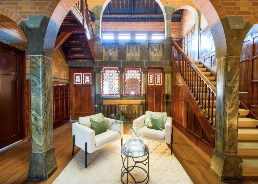 A very medieval foyer.
