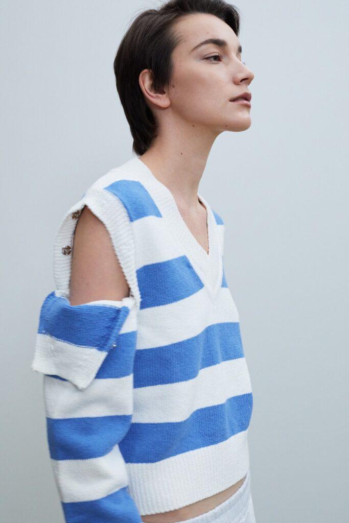 Detachable Sleeve Linen Knit Striped Blue ($136)