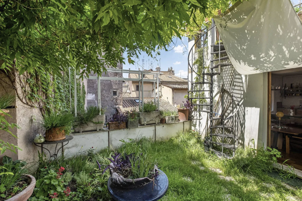 Rooftop gardens: a rare and delightful find in the middle of Rome.